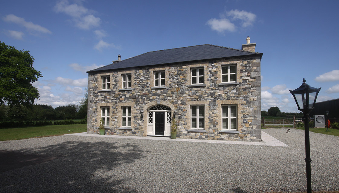 Mfc light gauge steel buildings and steel framed houses for Building residential homes